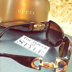 Gucci Shades with Iconic Bamboo Bit Trim, Case